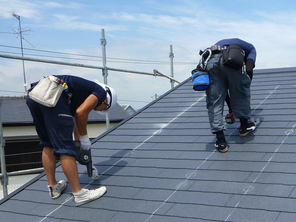 太陽光発電の工事は屋根に穴を空ける